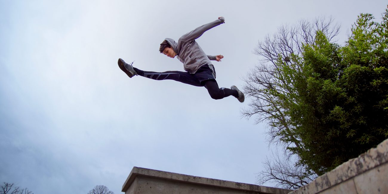 Patrick Peter Sport Parkour Athlet Split